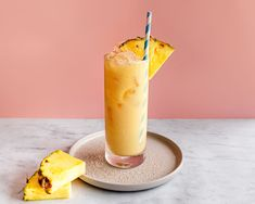 The Painkiller is a famous tropical cocktail often made with Pusser's Rum. Discover the delicious taste of this easy pineapple, orange, and coconut drink. Fruity Drinks, Smoothie Drinks, Summer Drinks, Fun Drinks, Smoothies, Party Drinks, Alcoholic Drinks, Pina Colada, Pussers Rum