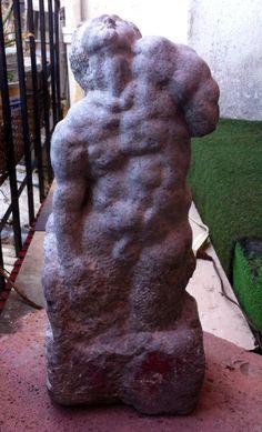 """""""Esclavo sin brazo"""" Talla directa/recinto Arturo Maldonado Escultor Mexicano escultura_arturo@yahoo.com.mx http://escultura-maldonado.webnode.mx/"""