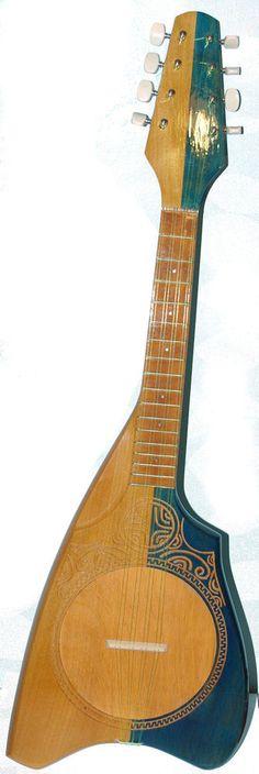 ukulele Tahitien 8 cordes avec gravure