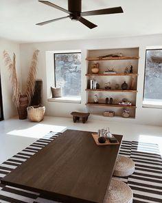 Earthy Modern Home Design #modernhome #earthyhomedesign