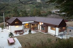 Two storied wooden house in Gwangyang City, South Jeolla Province, South Korea [1480×986] - Cool Houses Pictures And Dream Home Unique Designs, Big, Medium Size And Small House Design Ideas