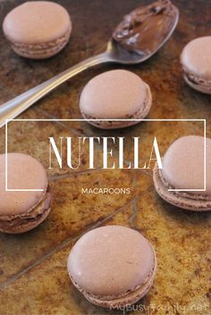 Hit that Chocolate Spot with Nutella Macaroons - Recipe - Delicious Nutella Macarons, how to make macarons, nutella desserts - Nutella Macaroons, French Macaroons, Lemon Macaroons, Cookie Recipes, Dessert Recipes, Delicious Desserts, Yummy Food, Macaron Cookies, Oreo Macarons