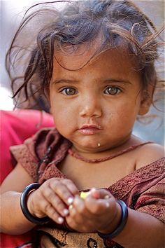 #Gypsies Little #Gypsy Girl, Pushkar, Rajasthan, India
