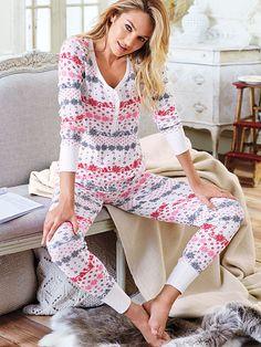 The Fireside Long Jane Pajama Size Medium. I like Red/white fairisle, Pink/white stripe and black reindeer (in that order)