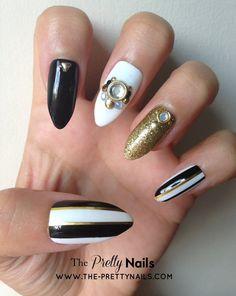 Monochrome x Gold x Striped x Black False Nail Set