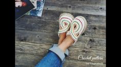For fall season I'm proposing a new design for women slippers/ clogs. These beautiful slippers have rope soles and a charming upper part, suitable for all women who loves comfort and elegance in the same time.