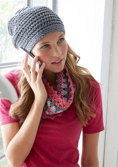 Crochet set of beanie and loop - Stricken Baby Sachen Crochet Beanie, Knitted Hats, Knit Crochet, Crochet Hats, Crochet Gloves Pattern, Knitting Patterns, Crochet Patterns, Basic Crochet Stitches, Pretty Patterns