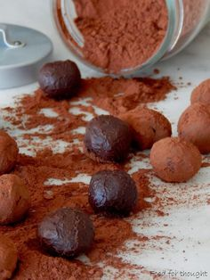Food for thought: Τρουφάκια σοκολάτα - πορτοκάλι Sweets Recipes, Desserts, Greek Sweets, Truffles, Caramel, Recipies, Food And Drink, Pudding, Cookies