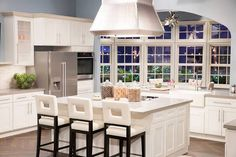 See more images from 17 celebrity kitchens you get to have when you're famous on domino.com