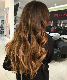 bangs ideas ideas over 50 hairstyle ideas 2019 Balayage Ombré, Hair Color Balayage, Hair Highlights, Brown Blonde Hair, Dark Hair, Gorgeous Hair, Hair Looks, Hair Inspiration, Curly Hair Styles