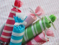"""Christmas """"poppers"""" ideas by pinksuedeshoe; I'd use the toilet paper rolls - can stuff a lot of little treats in them!  Think about cutting and pasting some vintage Christmas images too."""