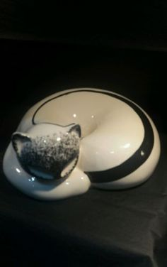 #White and black #porcelain cat, new #boxed ,  View more on the LINK: 	http://www.zeppy.io/product/gb/2/181974942296/