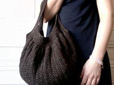 Ravelry: Fat Bag pattern by Samanta Maragno