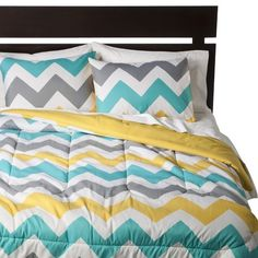 Chevron Teenage Girls Room | Room Essentials® Chevron Comforter - White (King)