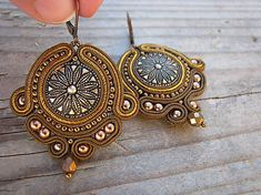 Ridgways / Button collection-bronze...soutache