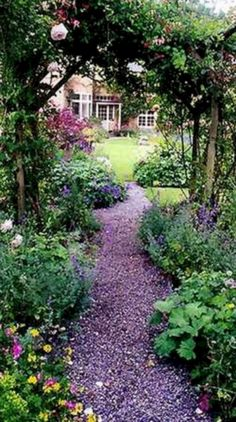 Gorgeous Garden Pathways that You Can Make Your Own 34