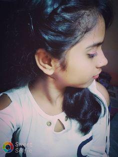 Dpz for girls Beautiful Girl Photo, Cute Girl Photo, Beautiful Girl Indian, Girls Dp Stylish, Stylish Girl Images, Cute Girls, Desi Girl Image, Girls Image, Beauty Full Girl