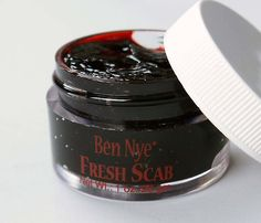 I want Ben Nye Fresh Scab Blood so I can do some sfx makeup!