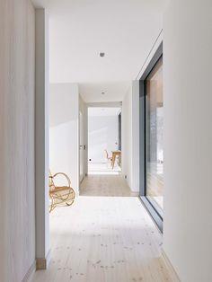 Image 1 of 24 from gallery of Sommarhus Akenine / Johan Sundberg. Photograph by Peo Olsson Barn Style House Plans, Beddinge, Terrace Floor, Hallway Inspiration, Chief Architect, Timber Frame Homes, Beautiful Interior Design, Prefab Homes, Minimalist Home