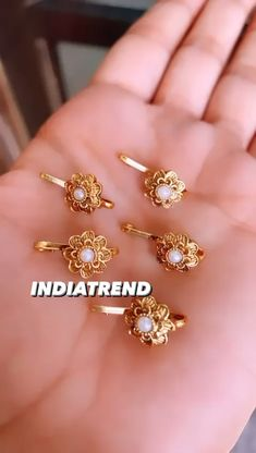 Gold Bangles Design, Gold Earrings Designs, Gold Jewellery Design, Jewellery Box, Necklace Designs, Nose Ring Jewelry, Gold Nose Rings, Indian Bridal Jewelry Sets, Gold Earrings For Women