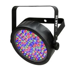 El SlimPAR 56 es una luminaria de LED con una carcasa de solo 50 mm de grosor, lo que le permite colocarla donde otros reflectores no caben.