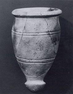 Beaker in faience, glaze from the Iron Age II, ca 9th century BC, Iran, Hasanlu