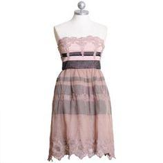 i should wear more dresses...