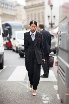 Tomboy style… Oksana On wearing diplomatic line suit…