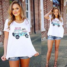 Jeep vibes // We love this shirt for your casual summer wardrobe!