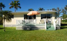 Private Homes Vacation Rental - VRBO 455899 - 2 BR Sanibel Island House in FL, Lovely Sunny Cottage, Short Walk to Beach, Pet Friendly, 5 Ni...