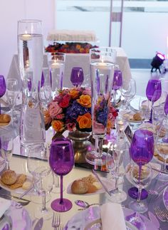 table decor flowers colors violet wedding inspiration wedding idea wedding by the sea marry abroad #villasaopaulo #arribabythesea #thequinta #coconutsbythesea