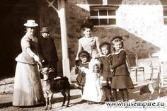The four Grand Duchesses pose for the camera with nanny Margaret Eagar (wearing black hat) and nurse, Crimea 1902.