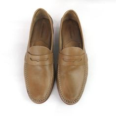 acc40c1a6e6648 JOHNSTON AND MURPHY Men s Tan Slip On Penny Loafers Shoes Size 10.5M   JohnstonMurphy
