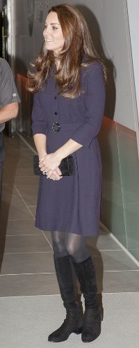Kate Middleton Shows Off Her Barely-There Baby Bump Kate Middleton Latest, Style Kate Middleton, Kate Middleton Photos, Princesa Charlotte, Princesa Kate, William Y Kate, Prince William, Duchesse Kate, Princesse Kate Middleton