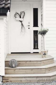We will be looking into exterior door design ideas, after all, they're the welcoming point to your home. Get going and check the exterior door design that. Doors, Front Door Entrance, Front Stairs, Exterior Doors, Front Door Steps, Exterior Decor, Front Door Decor, Front Steps, House Front