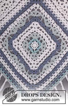 "Bohemian Blues - Crochet DROPS poncho in ""Paris"". One-size - Free pattern by DROPS Design"