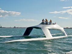 Glider SS18: una nueva forma de cruzar el mar. #mar #navegar #catamarán #bote #boat