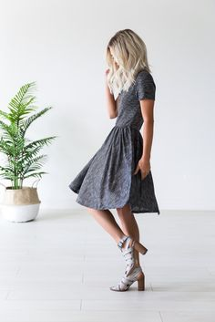 dressy / casual   blondes   dusty blue heels   charcoal gray dress   casual dress   short sleeve