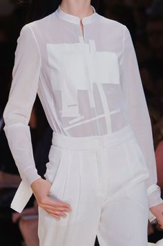 Akris at Paris Fashion Week Spring 2015 - Details Runway Photos Minimal Fashion, White Fashion, I Love Fashion, Fashion Details, Fashion Design, Sheer White Shirt, Geometric Fashion, Estilo Fashion, Shirt Style
