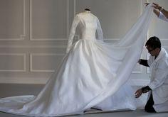 Savoir-faire: Angelababy's Wedding Dress