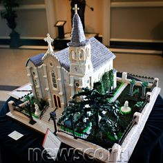 The Ultimate in Gingerbread Houses | Newscom FocalPoint