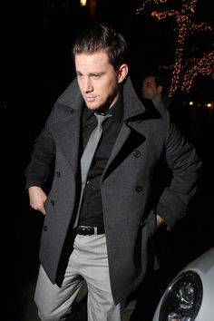 Channing Tatum and his co-star Amanda Seyfried just wrapped up the New York leg of the 'Dear John' Press Tour yesterday after stops in Fort Bragg, Charleston, Chaning Tatum, Black Button Up Shirt, Charlie Carver, New York Tours, Press Tour, Dear John, Suit And Tie, Actor Model, Music Tv