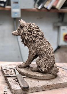 Escultura de lobo en cerámica por Paul Szeiler   Etsy