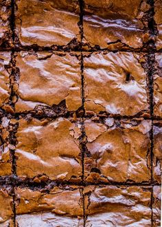 Ooey, gooey fudgy Chickpea Brownies complete with a decadent chocolate centre and the perfect crackly top | #GlutenFree + #Vegan#brownies #aquafaba