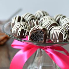 Oreo Truffles are an easy way to impress guests at your next get-together. Guests will never have to know they only require four...