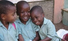 ora-Patenkinder in Lougou, Haiti. Haiti, Child Life, Oras, Face, First Aid Only, Faces, Facial