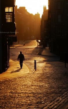 Early morning on the Royal Mile