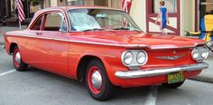 corvair 1960 : sweet car unfortunately used gas and oil in equal measures.  But it was cheap then.