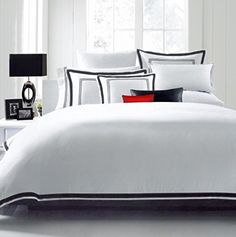 Hotel Luxury 3pc Duvet Cover Set-SALE TODAY ONLY! #1 Rated On Amazon.. Elegant White/Black Trim Hotel Quality Design. Top Quality Linens with 100% Money Back Guarantee!! Wrinkle & Fade Resistant Bedding..The Ultimate in Comfort..Full/Queen