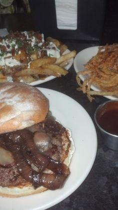 Where to eat burgers in Chicago Burgers, Hamburger, Chicago, Beef, Adventure, Restaurants, Food, Hamburgers, Meals